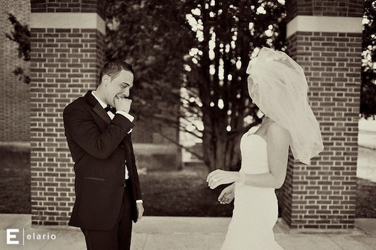 10 Grooms' Faces When They First See Their Bride